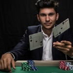 Become a pro poker player